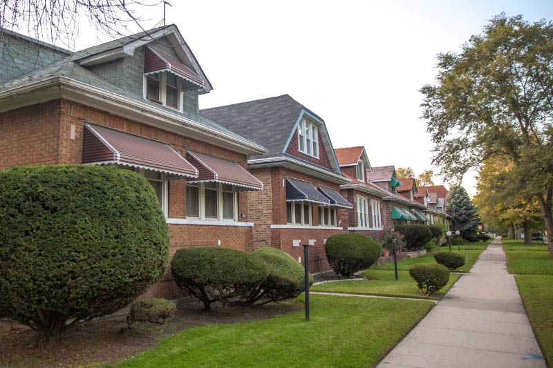 A row of Chicago bungalows