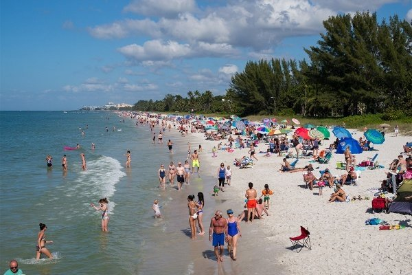 What It's Like Living in Naples, Florida