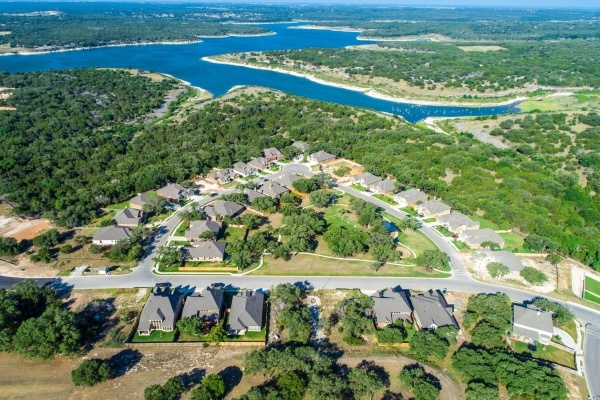 4 Austin Suburbs With the Best Downtowns