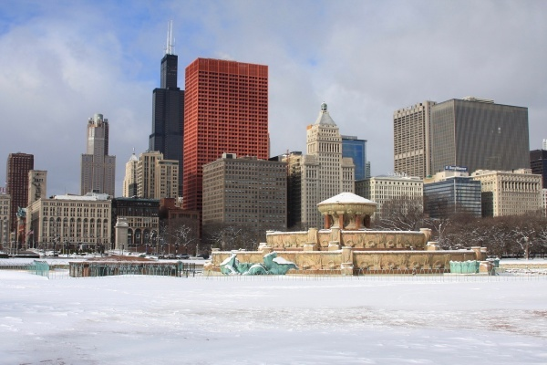 How to Live in Chicago Winter