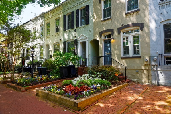 Wealthy Millennials Are Flocking to Arlington, VA