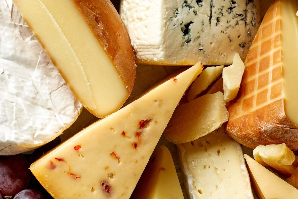 Title photo - Best Las Vegas Neighborhoods for Cheese Lovers