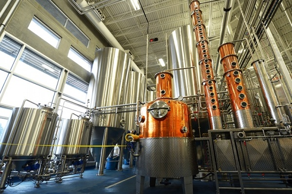 4 Austin-Area Distilleries Worth Stopping by for a Sip