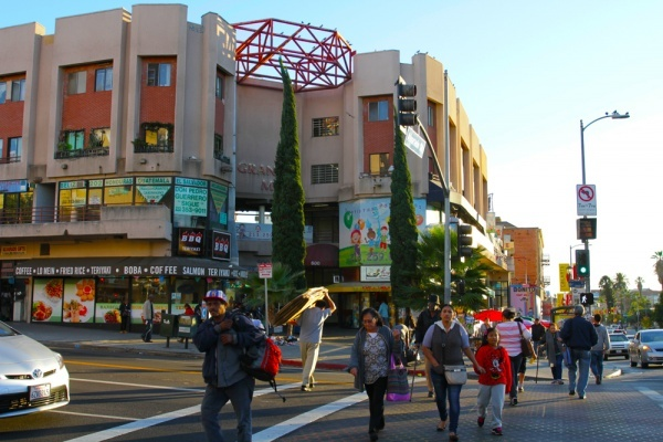 City Councilmember Proposes Pedestrian Safety Projects in Westlake and Pico-Union