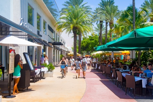 The Best Miami Neighborhoods to Live Without a Car