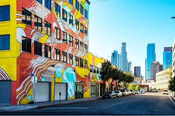 Best Neighborhoods Around LA for Recent College Grads