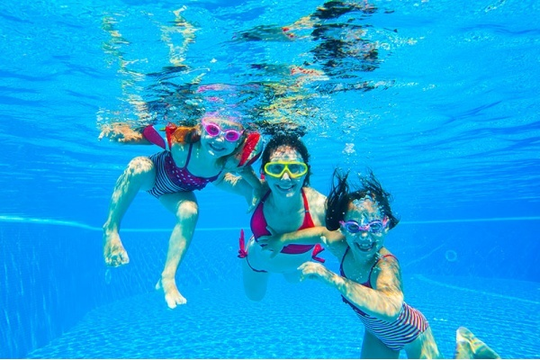 Where to Find the Best Public Swimming Pools in Orange County