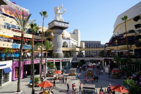 Could redeveloping Southern California's malls help the housing crisis?