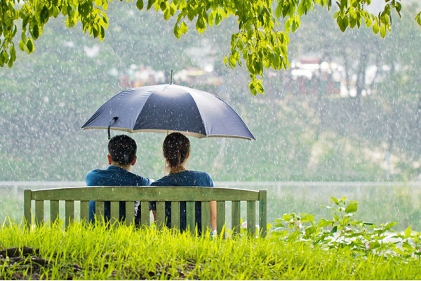 7 Rainy Day Date Ideas in Los Angeles