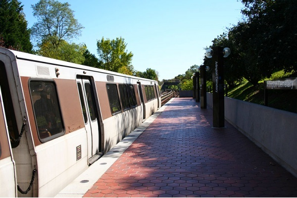 Title photo - 2019 Metro Shutdown Will Affect D.C. Suburbs