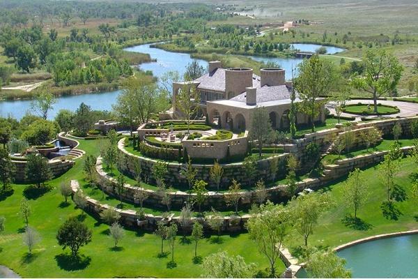 Dallas Oilman T. Boone Pickens Puts 65,000-Acre Ranch on Market for $250 Million