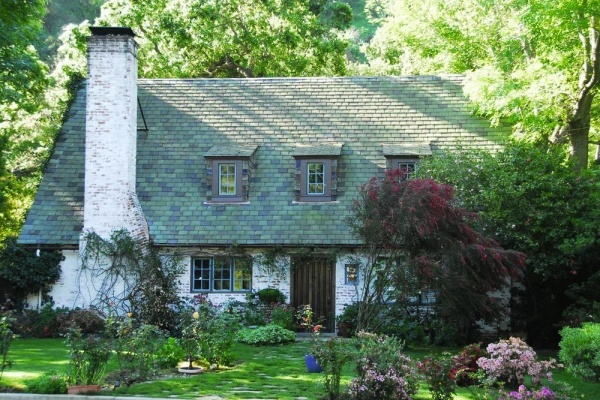 Historic Glendale Cottage From 'Westworld' Listed for $1.94M