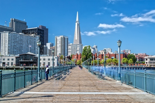 Title photo - 6 Great Places To Take San Francisco Visitors Instead of Tourist Traps