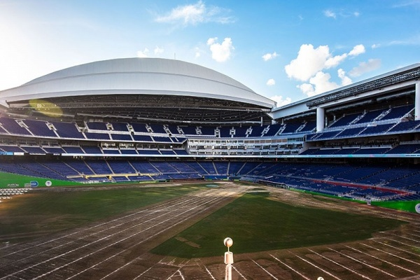 A First Timer's Guide to Miami Marlins Games at Marlins Park