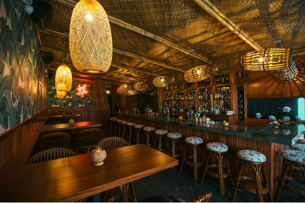 5 Bars and Eateries Redefining Chicago's Avondale