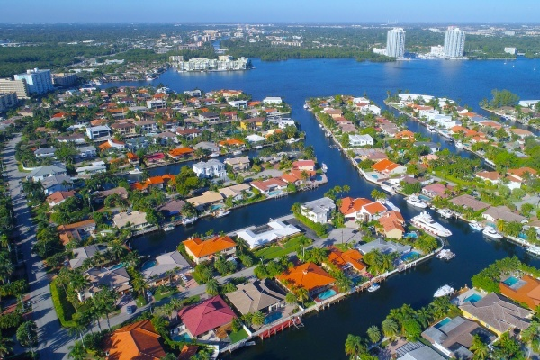 Here's How Much You Need to Make to Afford a Home in Miami
