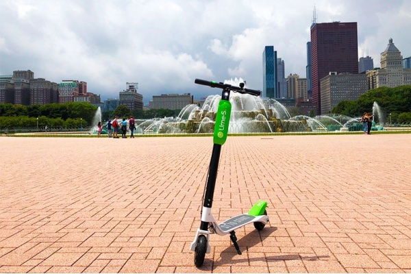 Title photo - What Dockless Scooters Could Mean for Chicago Neighborhoods