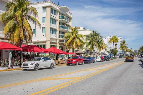 6 Neighborhoods With Easy Commutes to Downtown Miami