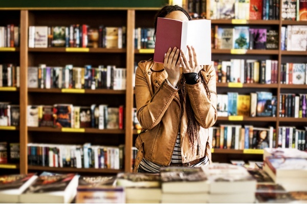 Find the Coolest Bookstores in These Las Vegas Neighborhoods