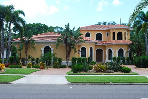Large Home Buyer Deposits in South Florida Reveal Competitive Market