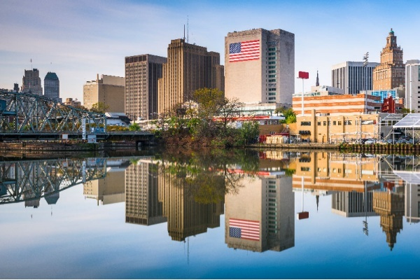 Moving to Newark: Everything You Need to Know
