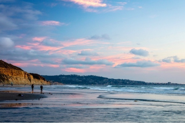 Del Mar Renews Preservation Agreement on 130-Year-Old Wood Pilings