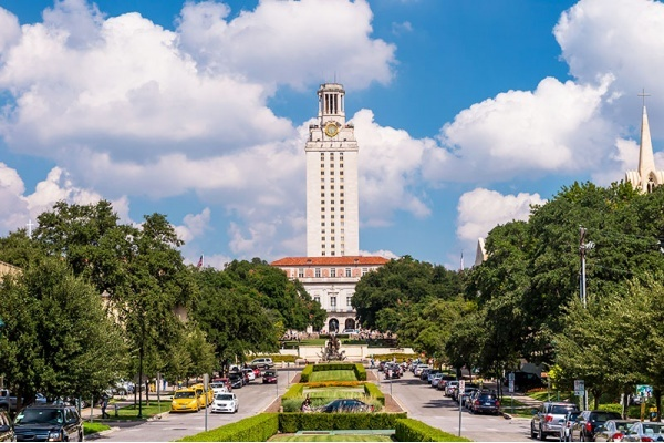 4 Affordable Off-Campus Neighborhoods for UT Students