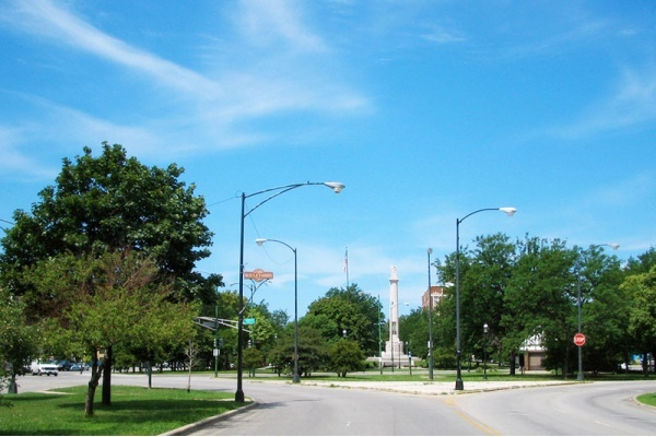 Logan Square Bucket List: 12 Neighborhood Highlights