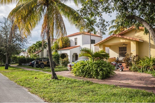 South Florida Neighborhoods Where You Can Find Older Homes