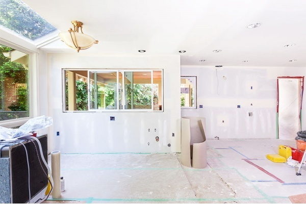 Plaster vs. Drywall: What's the difference?