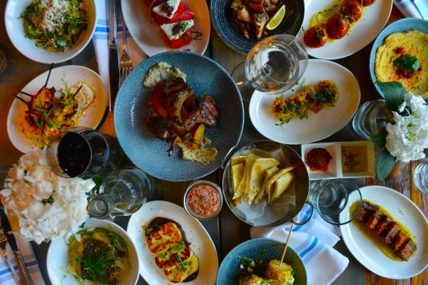 Title photo - 10 Can't Miss Restaurants in Washington DC