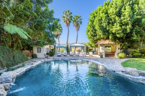 Feel the Vibration of Mark Wahlberg's Former Beverly Hills Estate for $18 Million