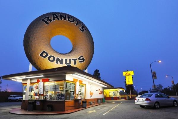Iconic Randy's Donuts Coming to El Segundo