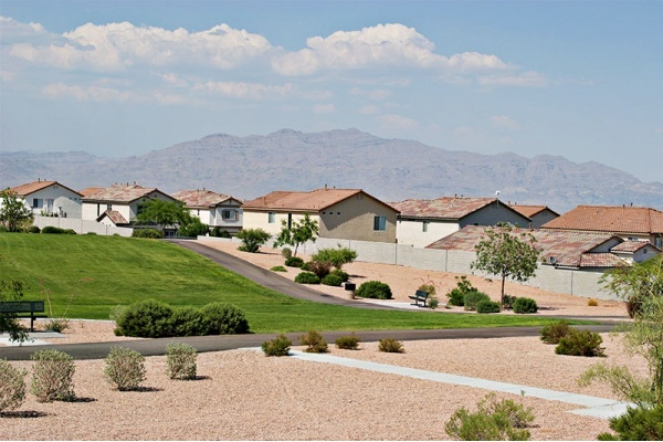 Master-Planned Community vs. Traditional Housing: Which is better in Las Vegas?