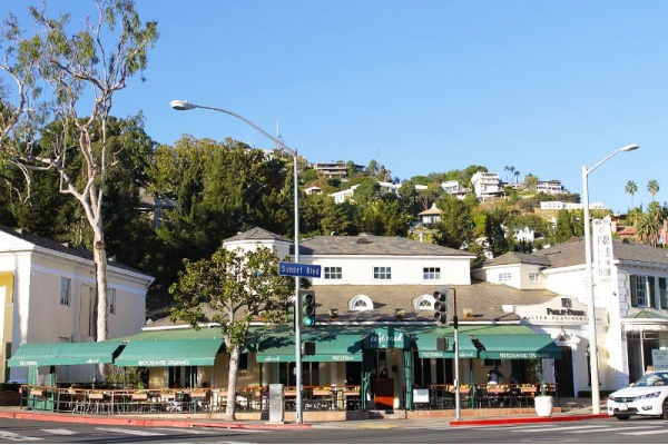 5 Quiet Neighborhoods With Easy Commutes to Hollywood