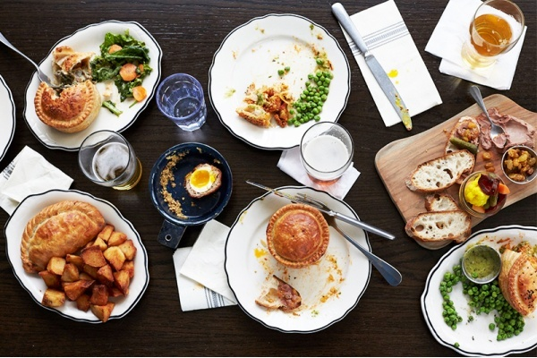 5 Essential Chicago Neighborhoods for Breakfast and Brunch Goers