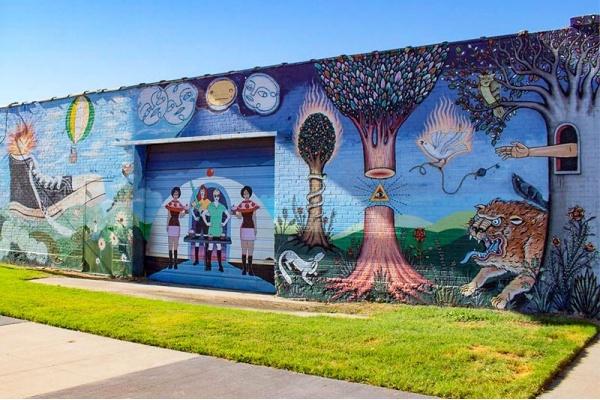 The Best Neighborhoods for Street Art in Dallas