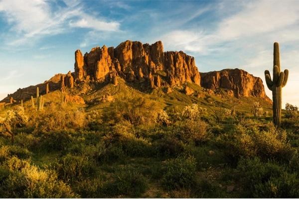 Phoenix Suburb Spotlight: Apache Junction, AZ