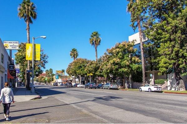 5 Most Walkable Neighborhoods in the San Fernando Valley