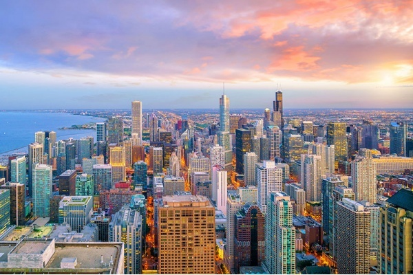 5 Companies Relocating to Chicago and Why Corporations Love it Here