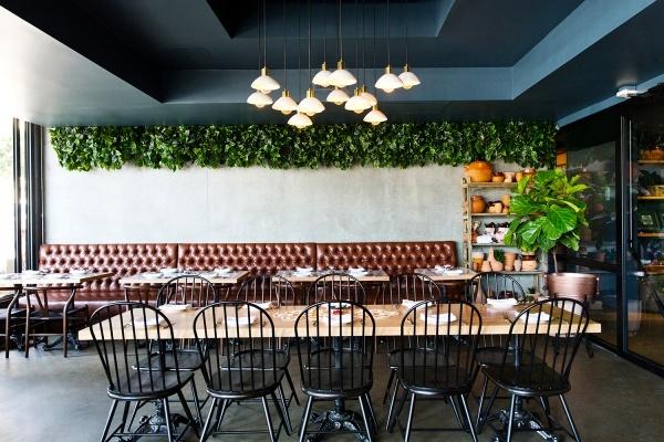 Best Places to Grab a Bite Near Downtown LA's Staple Center