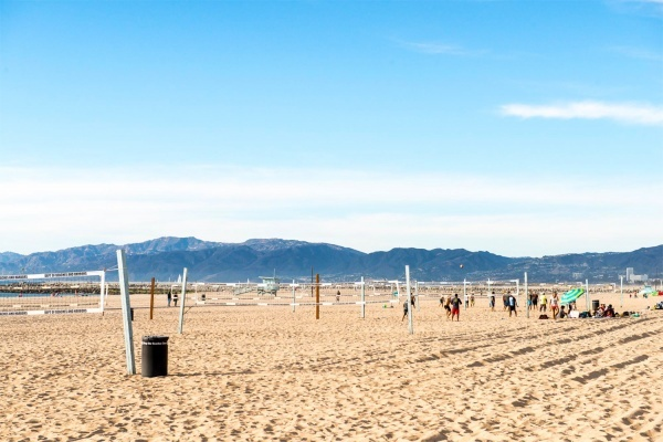 Meet My Neighborhood: Playa del Rey