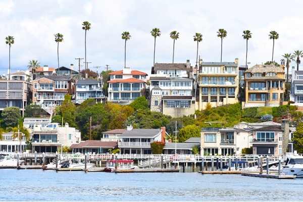 The 5 Most Luxurious Newport Beach Neighborhoods