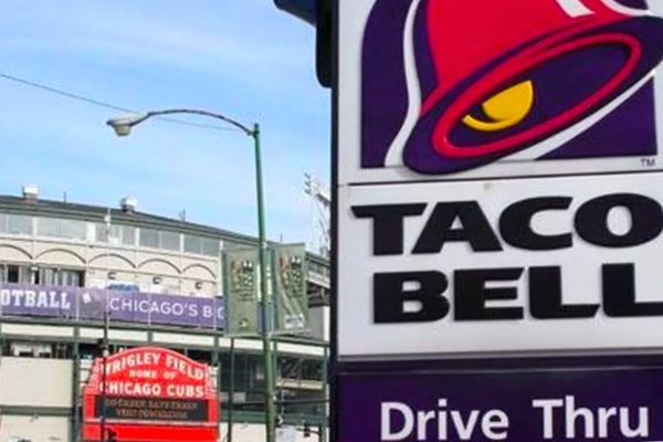 Before Wrigleyville's Taco Bell Closes, Check Out Chicago's Classic Fast Food Locations
