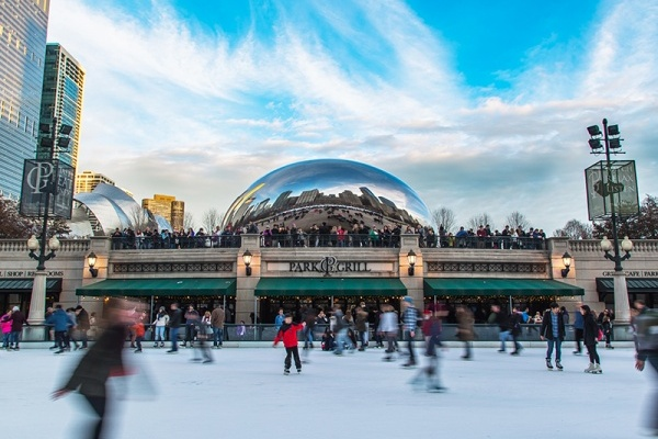 6 Winter Outdoor Activities and Where to do Them Around Chicago