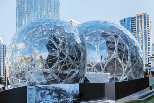 Title photo - Which Amazon HQ2 finalists have the housing market to support it?