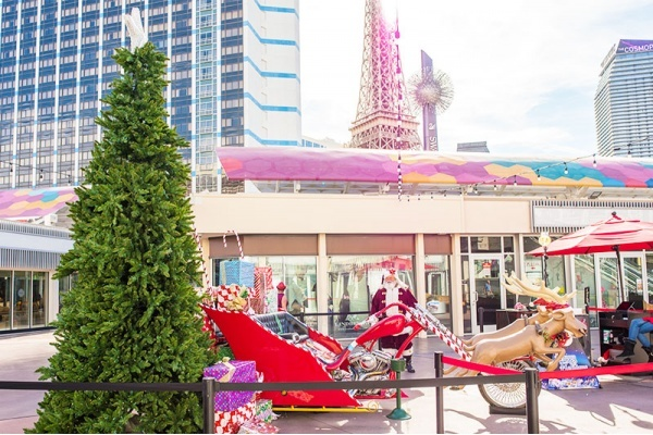 Best Las Vegas Neighborhoods for Holiday Activities