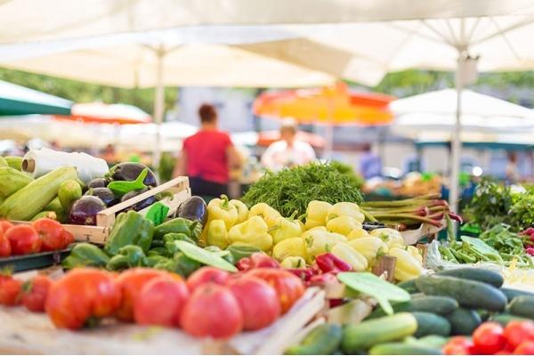 Discovering Chicago's Suburban Farmers Market Scene