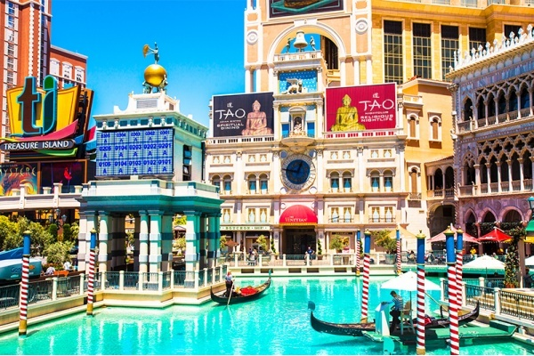 Things to Do in the Summer in Las Vegas