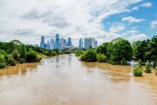 Title photo - Proposed Regulations Seek to Protect Houston From Future Flooding
